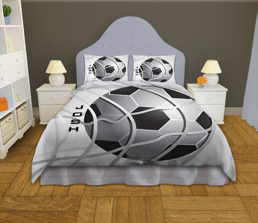 boys-soccer-ball-bedding02.jpg