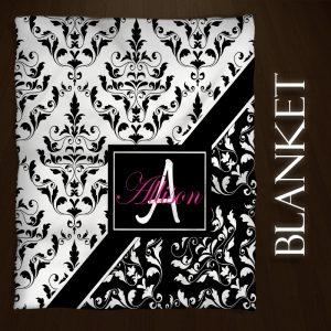 Damask-Black-Pink-Blankets