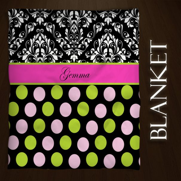 #157 pink and black throw blanket